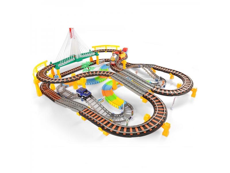 Sine circuit electric AliBibi cu tren, pasarela luminata , muzica si lumini